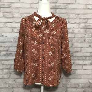 Monteau floral blouse with bow